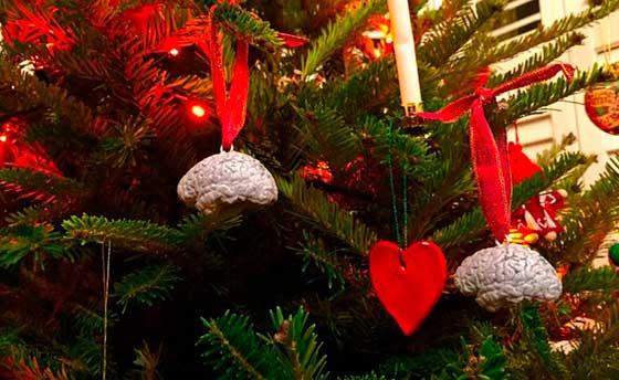 Cerebro como decoración navideña